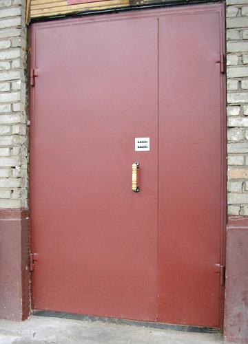 железную дверь в подьезд
